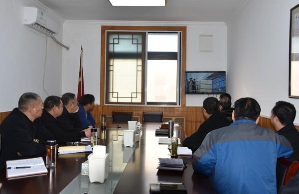 杜集区人大机关干部集中观看《榜样3》 专题节目